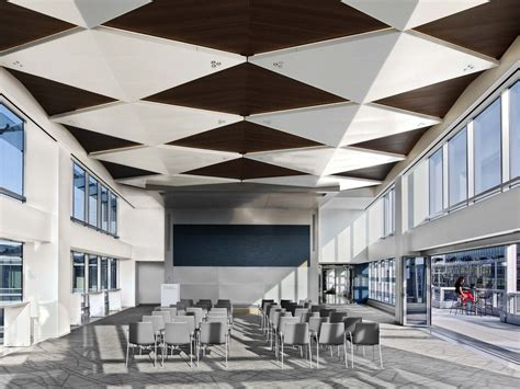 Modular Ceiling Design by Ceiling System Illusions Modular Shapes From Usg