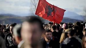 Kosovo Liberation Army harvested Serb organs - EU inquiry ...