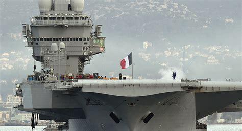portaerei francesi mosul prolungata missione portaerei francese charles de
