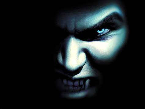 Vampire Wallpaper  1600x1200 #45572