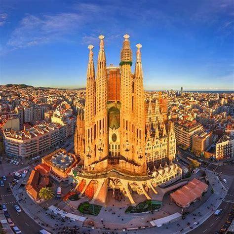 Tours sur l'architecture en Espagne, diverse et variée