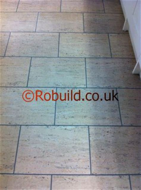 Brick Kitchen Floor Uk by Laying Ceramic Floor Tiles In Kitchens And Bathroom