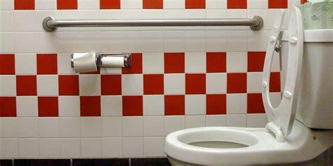 guide   hidden public restrooms  nyc