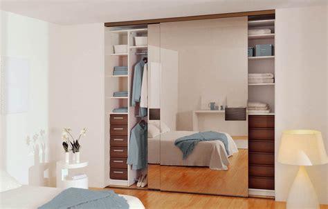 armoire de chambre porte coulissante porte de placard sous pente coulissante advice for your