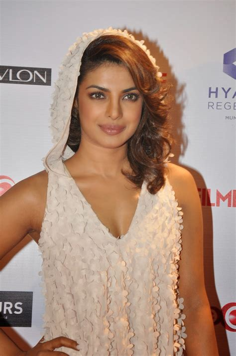 High Quality Bollywood Celebrity Pictures  Priyanka Chopra