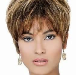 coupe cheveux court femme 50 ans coupe de cheveux femme 50 ans 60 ans coiffure femme senior