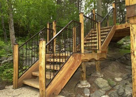 Wooden Handrails For Outdoor Steps - best 20 outdoor stair railing ideas on
