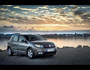 Dacia 2017 : dacia sandero 2017 new dacia sandero 2017 in pictures pictures pics ~ Gottalentnigeria.com Avis de Voitures