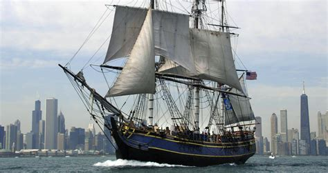 hms bounty replica sinking coast guard report blames captain crew for sinking bounty