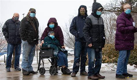 어차피 이번에 미국이 주는 얀센백신 대상자 300만 명이 넘는데 들여오는 분량은 100만 명 분이라 예약 안하면 안 맞을 수 있으니. 캐나다 한국일보 : 토론토 일부 백신예약 시작