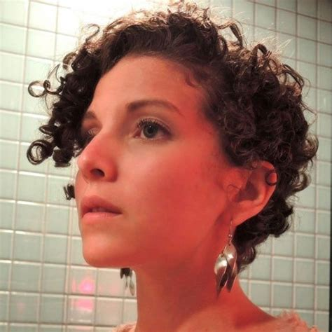 ways to style permed hair heatless ways to get the big hair you want curly pixies 2147