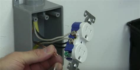 install  electrical outlet    panel