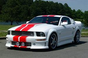 Garage Ford 93 : 70 best cars mustang images on pinterest ford mustangs vintage cars and cars ~ Melissatoandfro.com Idées de Décoration