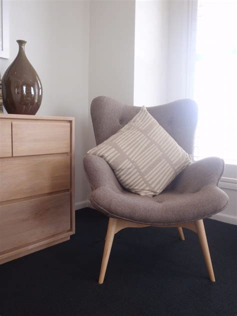 37627 comfy chair for bedroom bedroom ideas brown upholstered bedroom comfy wing chair