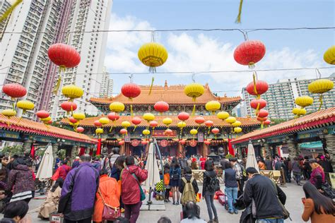 tempat wisata  hong kong   ramai dikunjungi