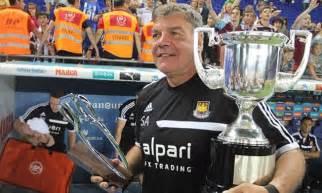 Espanyol 0 West Ham 1 - match report: Mark Noble penalty ...