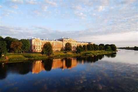 Muzeju naktī uzkavējies Jelgavas pils laika pieturās! | LLU