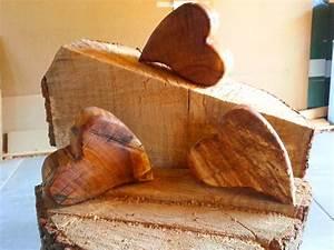 Holz Geschenke Selber Machen : diy wood heart holz herz aus holzbohlen mit rinde ganz einfach avec herz aus holz selber machen ~ Watch28wear.com Haus und Dekorationen