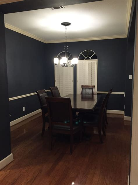 lights in the kitchen after painting with sherwin williams 7076 cyberspace 7076