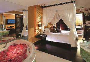Regal Airport Hotel – OM Spa awarded by World Luxury Spa