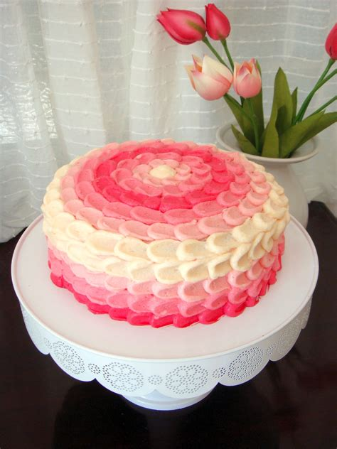 butter hearts sugar pink ombre vanilla cake