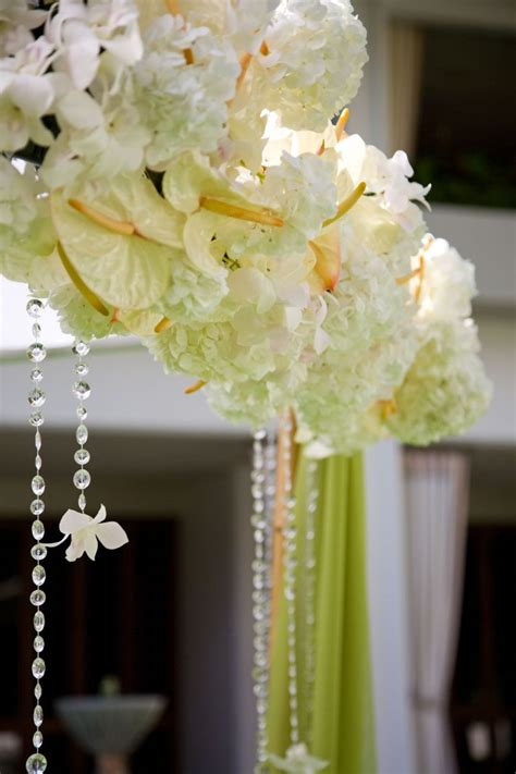 white wedding flowers  love