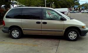 1999 Dodge Caravan - Information And Photos