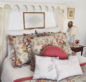 country kitchen wall decor ideas country cottage bedroom 3 traditional bedroom
