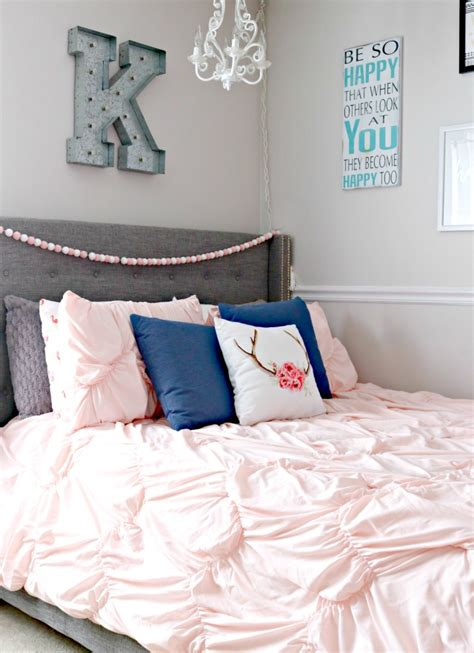 Navy And Pink Bedroom by S Bedroom Makeover 4 Real