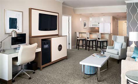 2 Bedroom Suites in Miami   Fontainebleau Miami Beach