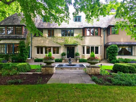 memories of childhood in the lake forest showhouse