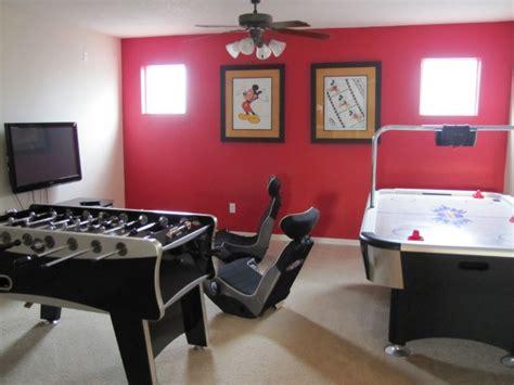 jeux dans une maison aire de jeux la maison du parc photo d co salle de jeux maison une