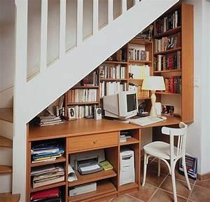 Bureau Sous Escalier : 20 id es et astuces pour votre am nagement placard ~ Farleysfitness.com Idées de Décoration