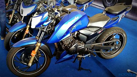 Tvs Apache Rtr 200 4v Modification by We Take A Closer Look At The Lighter Faster Tvs Apache