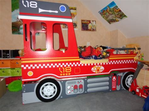 lit superpose pompier but lit camion pompier trendyyy