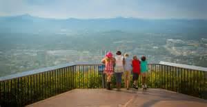 blue ridge wedding venues things to do in roanoke va golf mill mountain zoo