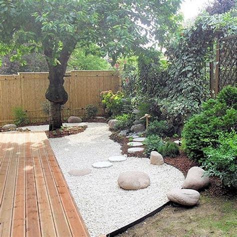 deco petit jardin terrasse cartier love