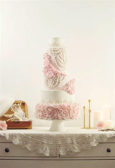 pink  white cake baked  gat   styled  vintage