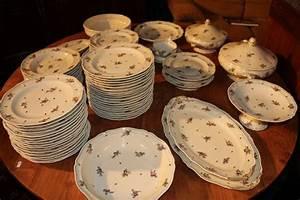 Service Vaisselle Porcelaine : service porcelaine limoges prix ~ Teatrodelosmanantiales.com Idées de Décoration