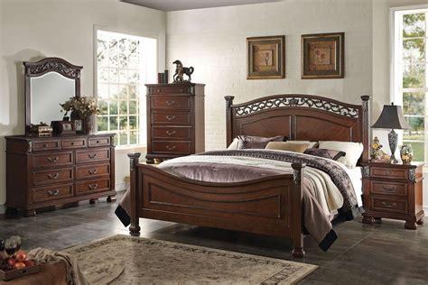 Lexington Traditional Design Bedroom Furniture