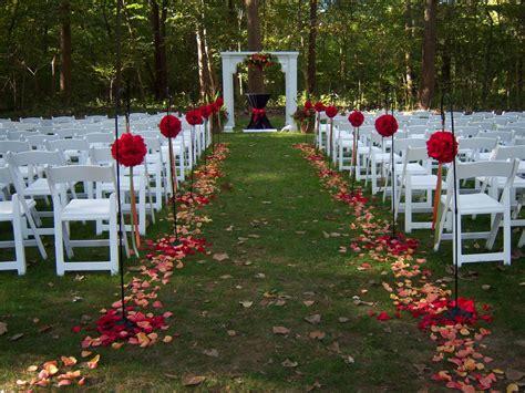 Outdoor Wedding Altar Decoration Ideas