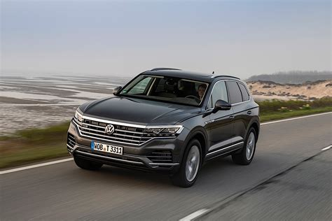 2020 Vw Touareg Tdi by 2020 Volkswagen Touareg Gets Top Of The Range V8 Tdi