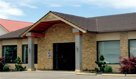 roof superior roofing   good  extensive