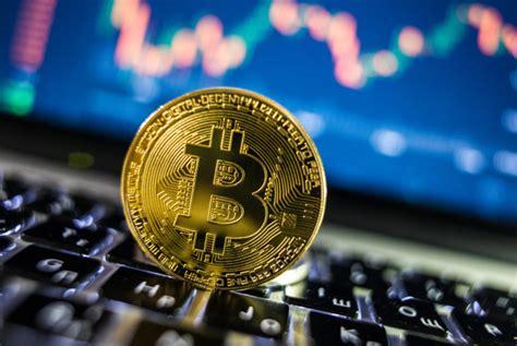 É interessante saber que, o valor do bitcoin muda constantemente de acordo com a variação do o bitcoin em dólar custa hoje: Quanto vale 1 bitcoin em real hoje? Valor vem aumentando e animando