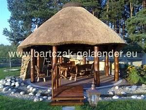 Gartenpavillon Holz Geschlossen : gartenpavillon mit reetdach gartenpavillon holz reetdach strohdach selber bauen ~ Whattoseeinmadrid.com Haus und Dekorationen