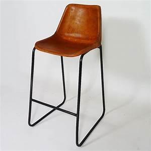 Chaise Industrielle Cuir : chaise de bar rouge tabourets de bar made in meubles pinterest bars industriels chaise ~ Teatrodelosmanantiales.com Idées de Décoration