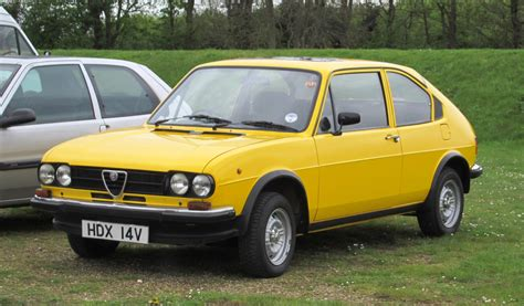 File:Alfa Romeo Alfasud 2 door first registered October ...