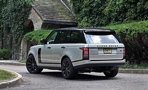 Range Rover 2017 : 2017 land rover range rover cargo space and storage review car and driver ~ Medecine-chirurgie-esthetiques.com Avis de Voitures