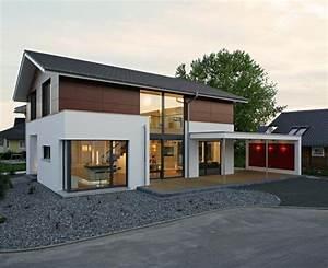 Moderne Häuser Mit Satteldach : pin von anja boo auf fassade pinterest fertigh user ~ Lizthompson.info Haus und Dekorationen