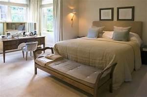 Bett Mit Sitzbank : 35 sch ne schlafzimmer bank designs um ihr schlafzimmer zu vollenden ~ Whattoseeinmadrid.com Haus und Dekorationen